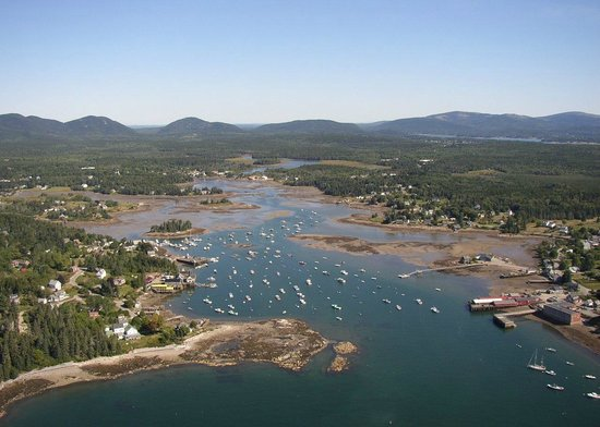 Bass Harbor Cottages and Country Inn: Bass Harbor and Acadia