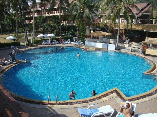 Phangan Bayshore Resort: Ansicht gegen das Hotel