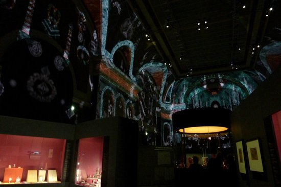 Grand Palais: Salon d'honneur (Cartier exhib)