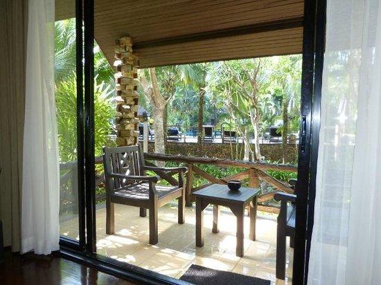 Ramayana Koh Chang Resort : Vue sur la piscine