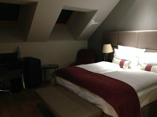 Crowne Plaza Berlin - Potsdamer Platz: THIS ROOM IT IS NOT IN THE WEBPAGE OF THE HOTEL