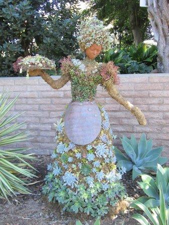 San Diego Botanic Garden: One of many such plant sculptures
