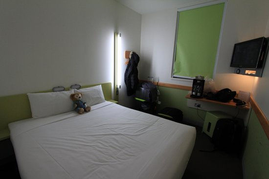 Ibis Budget Auckland Airport : Budget price yet decent room but a little small