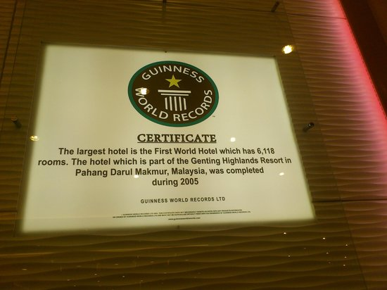First World Hotel: Guiness World Record Certificate