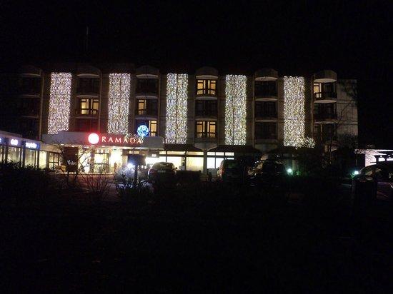 Ramada Nuernberg Parkhotel: Όμορφα στολισμένο!!!