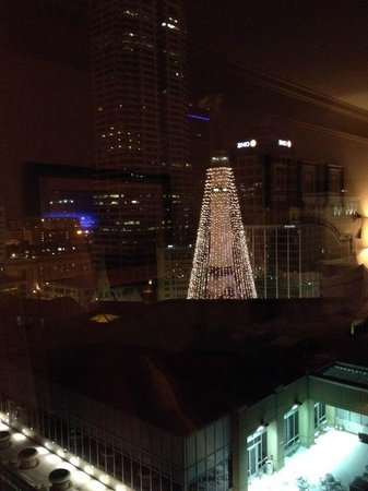 Conrad Indianapolis: Great view of Indianapolis at Holiday Time