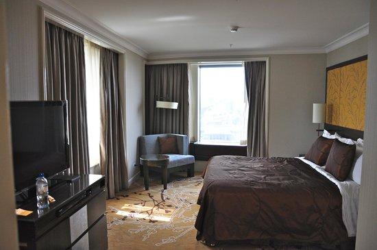 Shangri-La Hotel Sydney : bedroom
