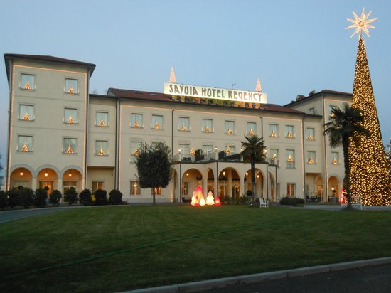 Savoia Hotel Regency : Esterno dell'Hotel Savoia regency