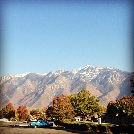 Courtyard Salt Lake City Sandy: View of Mountains
