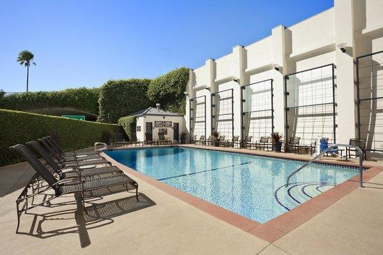 Wyndham Santa Monica At The Pier: Hotel Pool