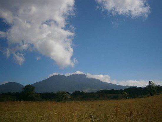 Cabinas Piuri: Volcan Tenorio
