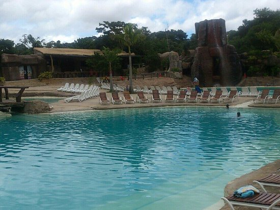 Biocentro Guembe Mariposario : Una de las muchas piscinas que tiene este complejo