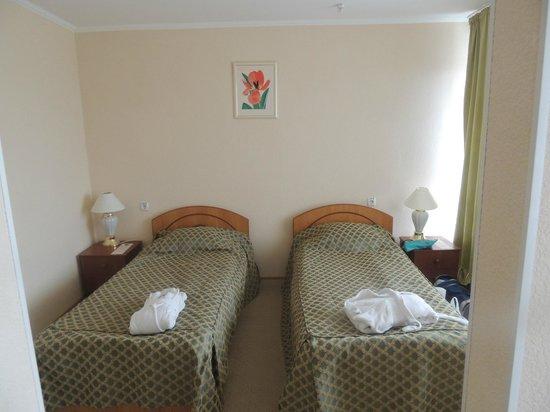 Premier Compass Hotel Odessa: спальная комната