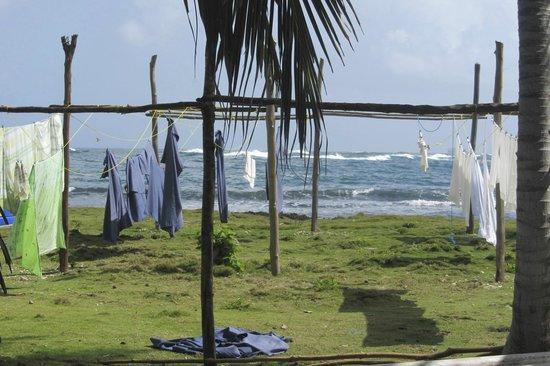 Yandup Island Lodge : Towels drying at the lodge