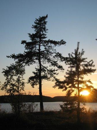 Ladoga Lake : Вечерело.