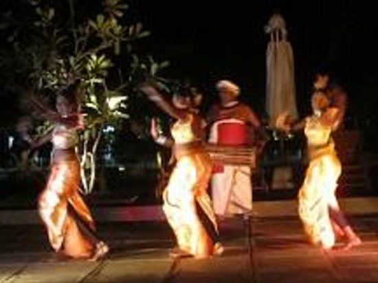 AVANI Bentota Resort & Spa: Theatervorstellung