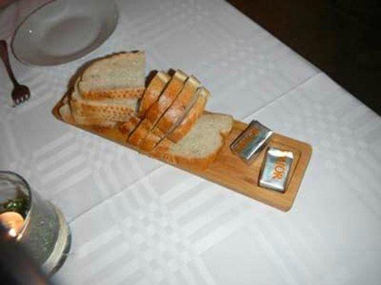 Northern Light Inn: bread