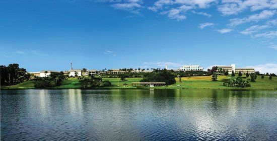 Paradise Golf & Convention