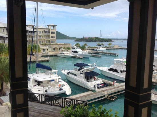 Scrub Island Resort, Spa & Marina, Autograph Collection: View from open air restaurant and at night the view is breathtaking !!!