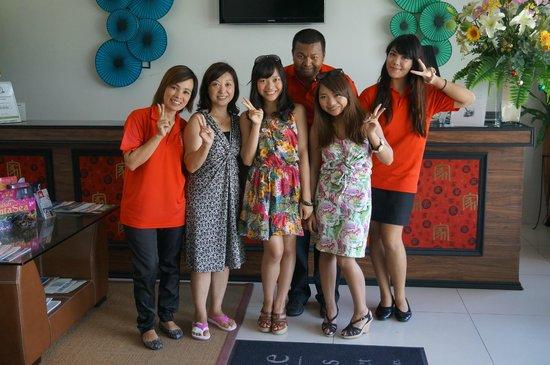IndoChine Resort & Villas : インドシナリゾートのスタッフの方々と!Thanks for your excellent hospitality!