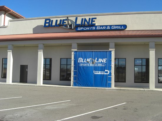 Blue Line Sports Bar and Grill: Blue Line