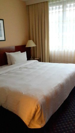 Crowne Plaza Paris Neuilly: Comfortable Bed