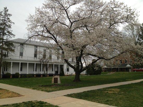 Ihg Army Hotels Carlisle Barracks Historia Historic Washington Hall