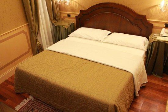 Hotel Al Codega: Cama