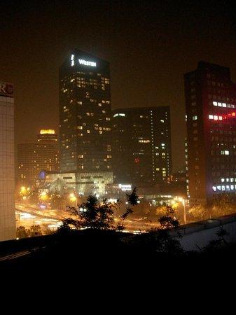 Hilton Beijing: Вид из окна отеля