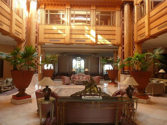 Regency Tunis Hotel: lobby