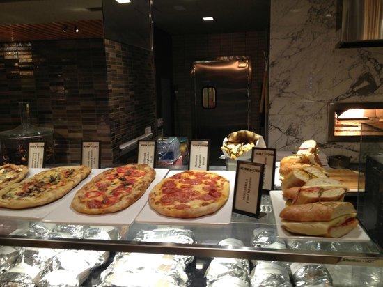 New York Hilton Midtown : Herb N' Kitchen Fast Food