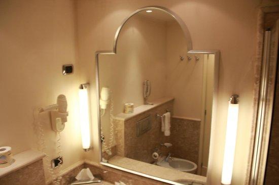 Starhotels Tuscany : espelho