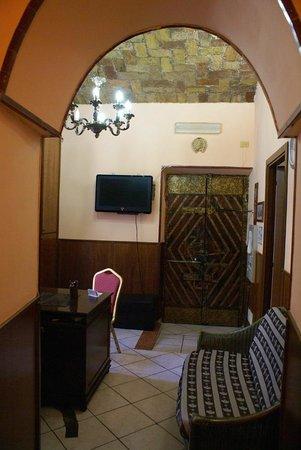 Hotel Farini: Hall
