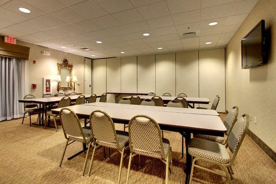 Sleep Inn & Suites Smithfield: Meeting Room with partition