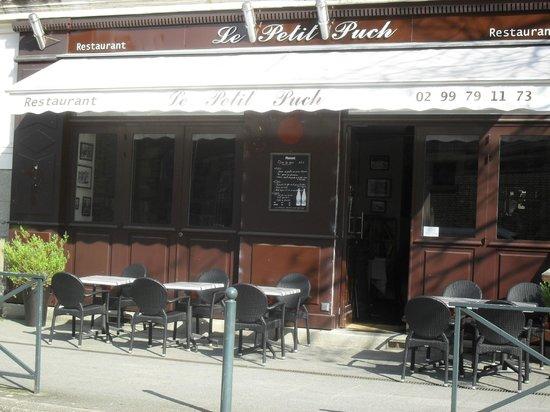 Le petit puch: photo de la facade du restaurant à mettre au bon emplacement merci. Le gérant