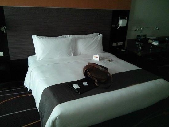 Radisson Suites Bangkok Sukhumvit : Hotel room