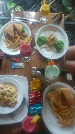Tree House Restaurante & Cafe: our food