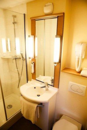 Ibis Paris Italie Tolbiac : Salle de bain