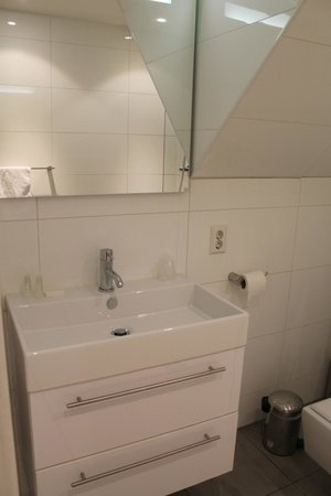Boutique Hotel View: salle de bain