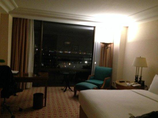 Hilton Istanbul Bosphorus : interno camera