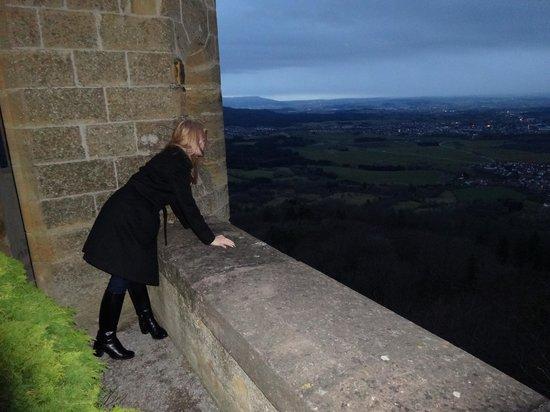 Castle of Hohenzollern: Замок Гогенцоллерн - вид с площадки