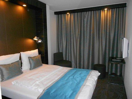 Motel One Berlin-Hackescher Markt: Room
