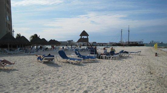 Casa Maya Cancun: Great beach!