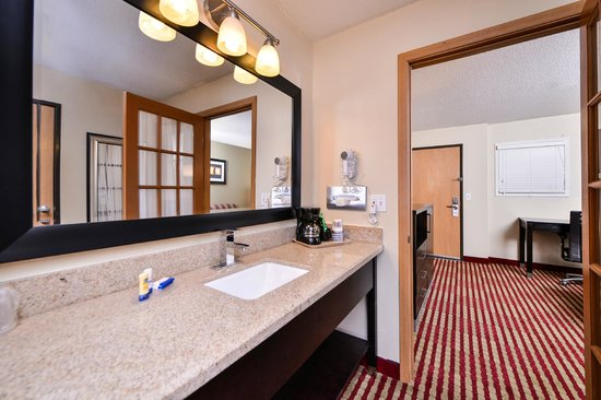 BEST WESTERN Germantown Inn : King Suite