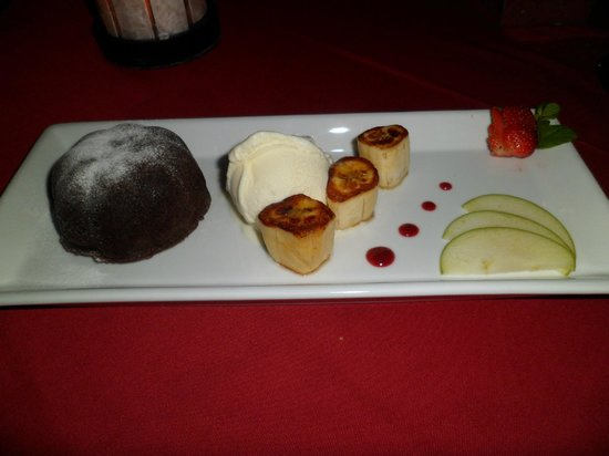 Art Cafe Sanur: Chocolate Molten Cake