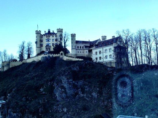 Schlosshotel Lisl : Hohenschwangau Castle view from another window