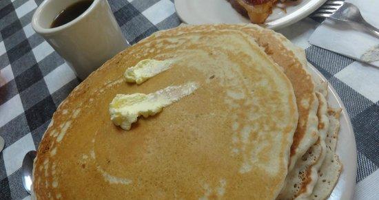 Homewood Diner: Best Pancakes anywhere