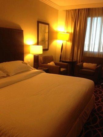 Grand Excelsior Hotel Deira: Bed