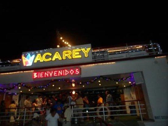 Yate de Recreo Aca Rey : de fiesta en la noche!