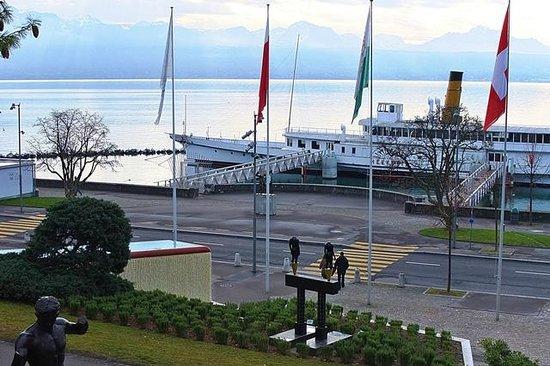 Olympic Museum Lausanne (Musee Olympique) : Et, en se retournant, le lac.
